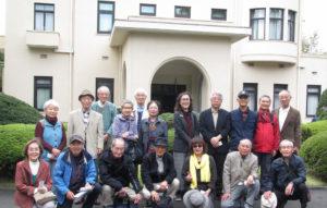 東京探訪庭園美術館前にて全員集合